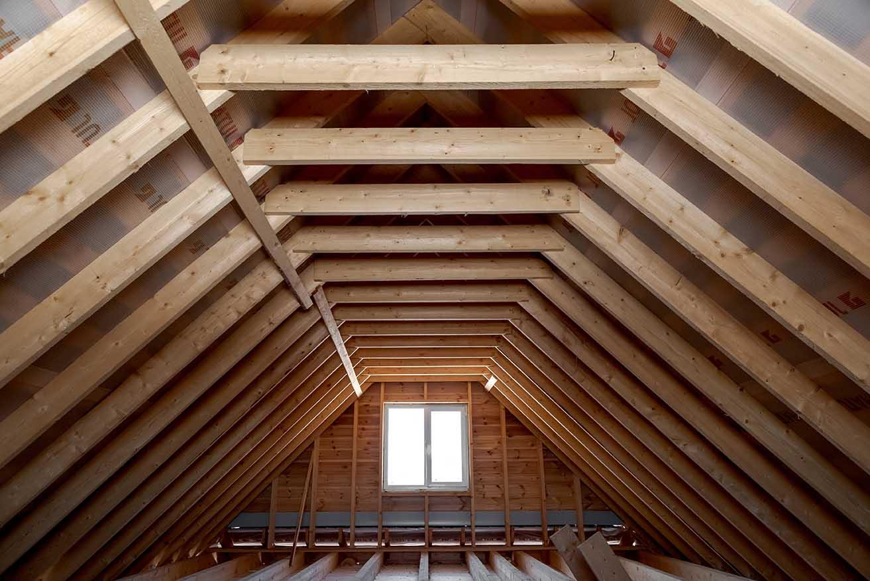 деревянный коттедж, каменские холмы, крыша, балки поперечные